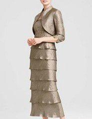 結婚式の新郎の母の服装|アニヴェルセル みなとみらい横浜|フォーマルドレスL-09