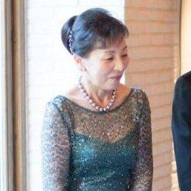 グリーンのフォーマルドレスも上品で素敵です☆新郎の母
