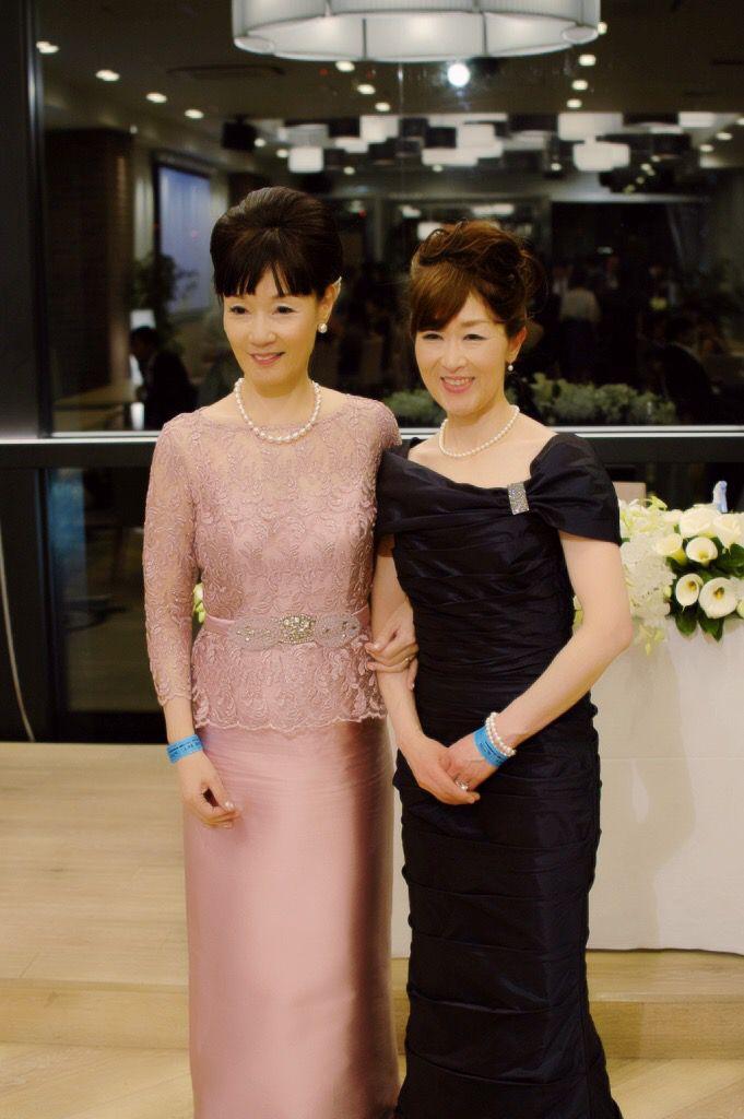 お写真を頂きました! コンラッド東京での挙式 ダブルマザーでフォーマルドレスご利用です♪