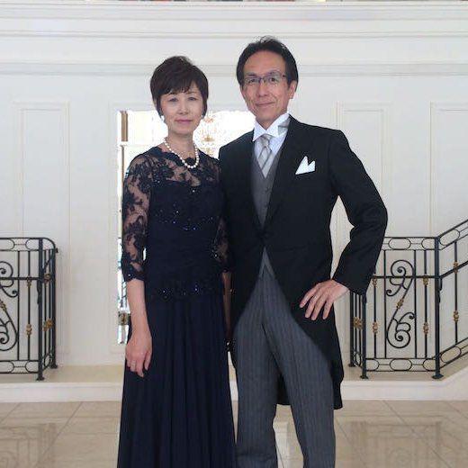 新郎のご両親の正礼装、アニヴェルセル みなとみらい横浜の結婚式にて。