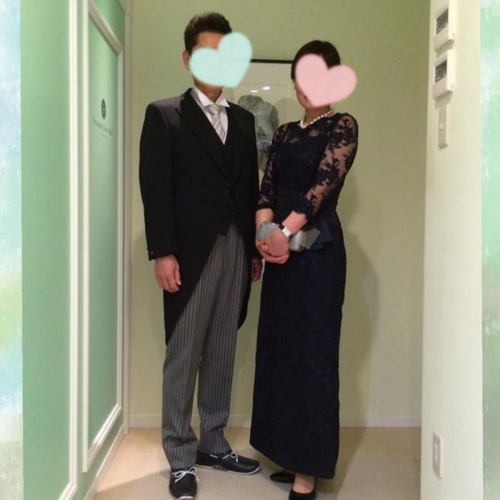新婦のお父様とお母様。若々しいお二人が選んだ衣裳はこれ!