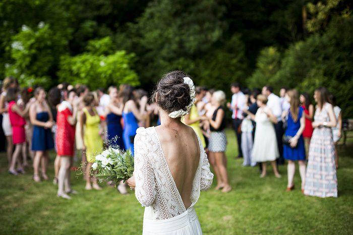 「結婚式で母親は何を着るべき?」~洋装・和装徹底比較
