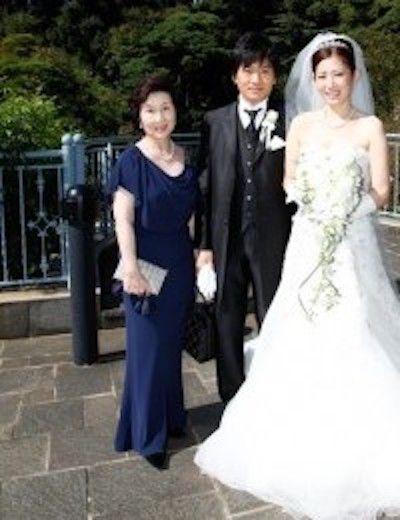 結婚式でご両親のフォーマルドレス記念写真も流行っています!