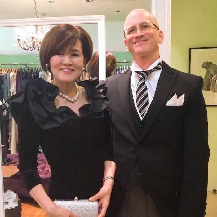 【結婚式母親の高級ドレス】冬のフォーマルドレスはリッチな艶が美しいベルベットドレスにおまかせ!