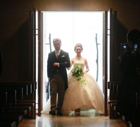 新婦の父、誰にも聞けない花嫁とのバージンロードの歩き方