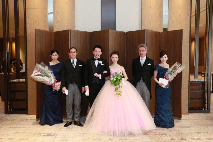今更聞けない、結婚式を迎える花嫁花婿が親に望むこと