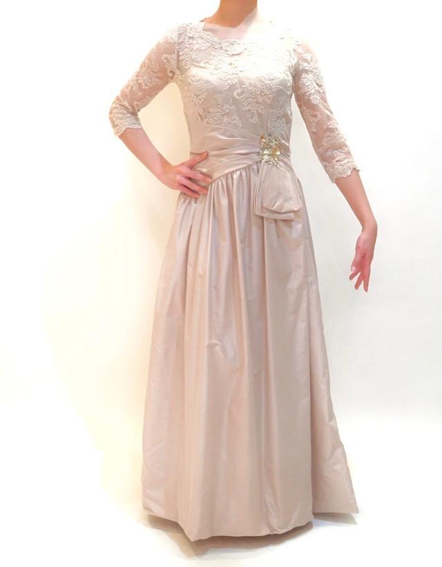 結婚式の新婦の母の服装|ホテル日航アリビラ|フォーマルドレスL-55