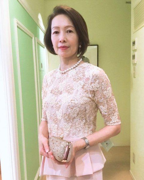 【結婚式母親の衣装】子供の結婚式でお母様がドレス(洋装)にした理由は?実際のお母様に聞きました!